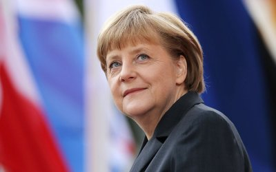"Merkel says neo-Nazis must be tackled ""without taboos"" 1"