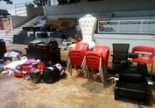 Nigerian Navy arrests 41, recovers looted items in Lagos
