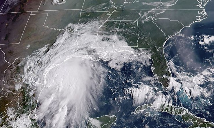 Tropical Storm Nicholas threatens Texas coast