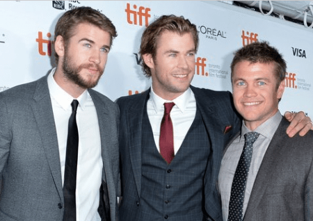 Chris Hemsworth His Brothers in Arms and Arts
