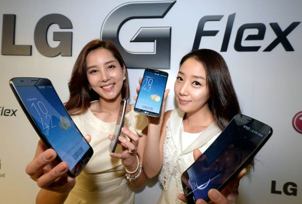 G Flex Smartphones Available Next Month in Europe and U.S.