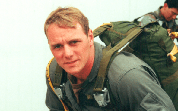 Accidental 'I Love You' Drowns Gay Navy SEAL's Career