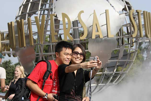Chinese Tourists Drawing Criticism—Even From Beijing