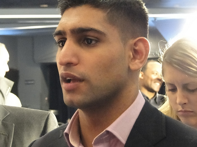 Amir Khan in Deep Negotiations With Mayweather