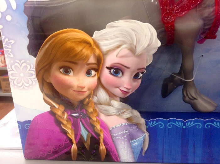 Frozen 2 Wants Viewers to Stick Around After the Movie for the Credits