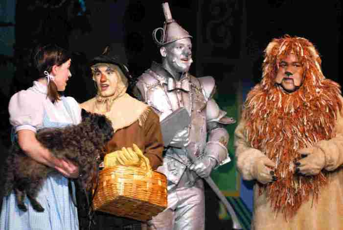 'Wizard of Oz' Remake Will Be Directed by Nicole Kassell