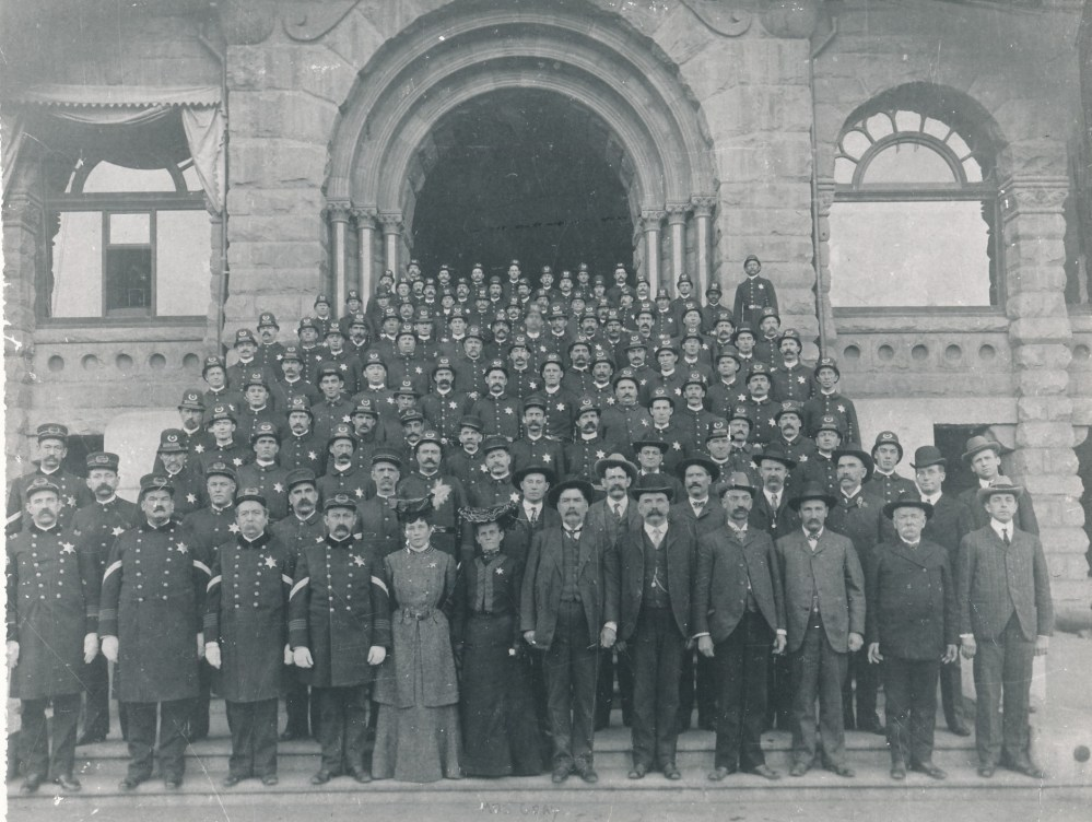 What's In a Picture: The Entire Los Angeles Police Department 1904