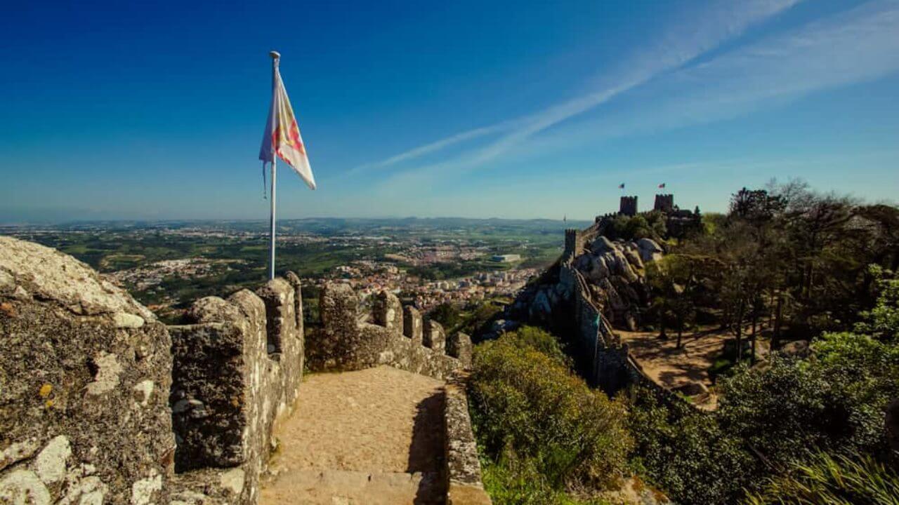 Castelo dos Mouros Sintra Árabe Língua Portuguesa