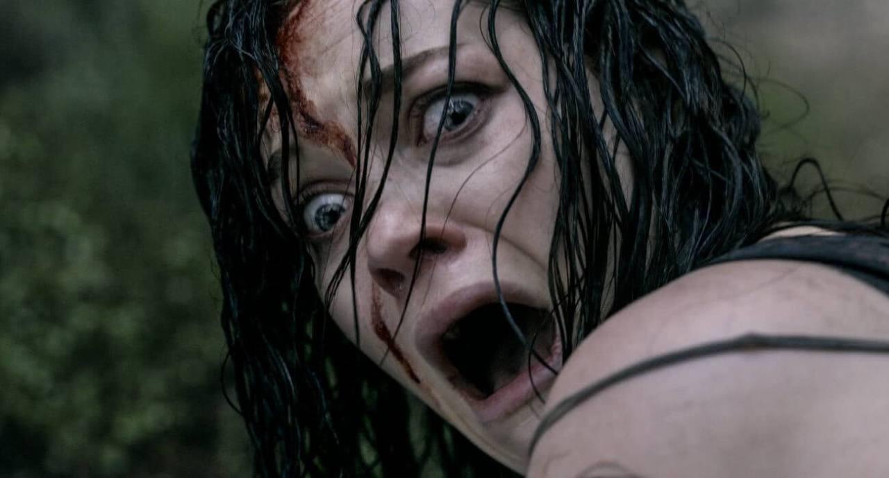 A Morte do Demônio Cena Filme Critica Remake 007