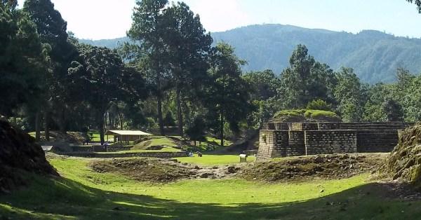 guatemala tourism iximche mayan