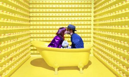 желтая ванная, ванна, уточки, пара целуется, в ванне, интерьер, желтый цвет, психология, парень и девушка, тест, личность, характер
