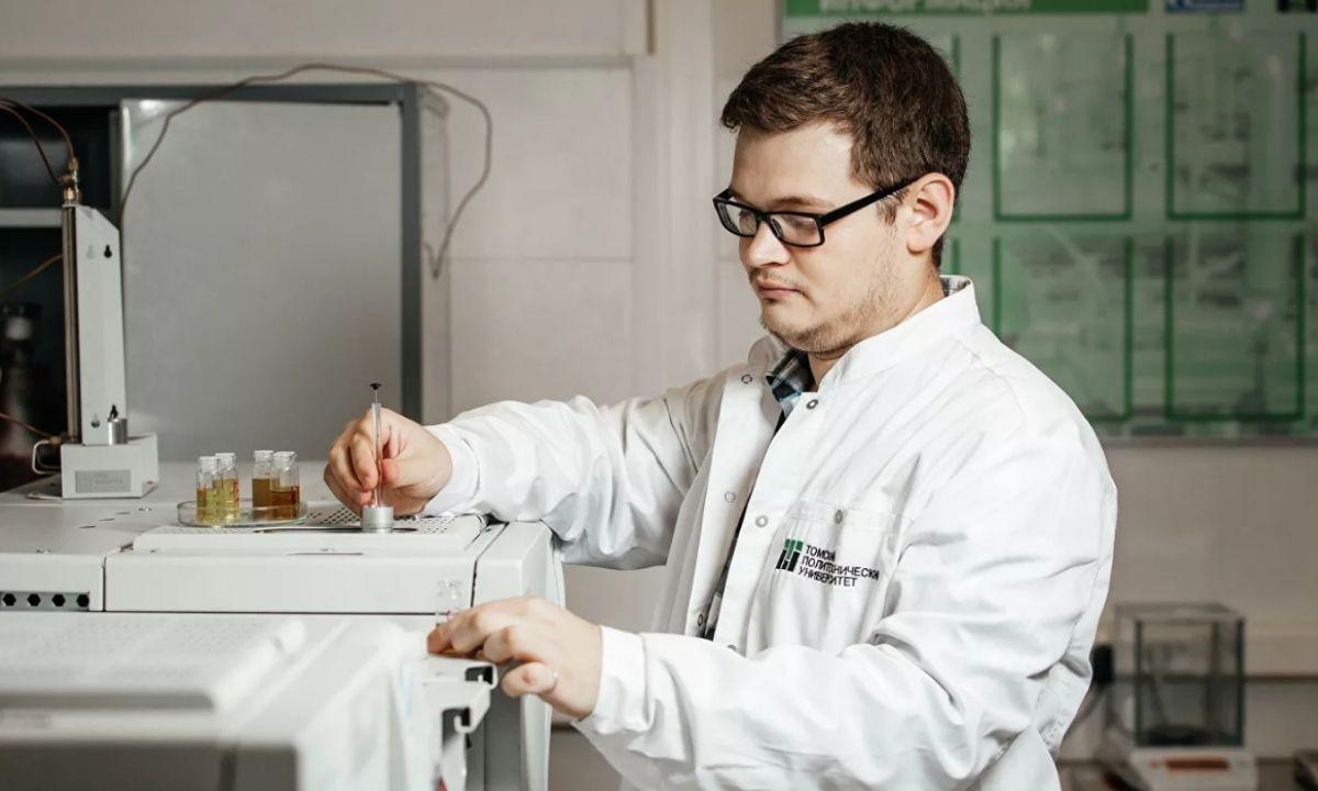 Томского политехнического университета ученый