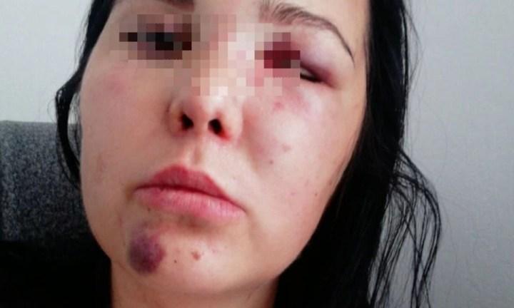 Мужчина спрятался в шкафу у девушки, а потом напал на нее