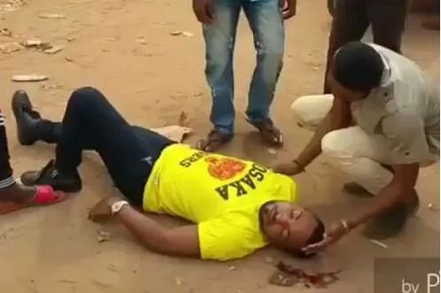a-man-pretended-to-be-dead-to-propose-to-his-girlfriend