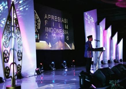 Pembukaan oleh Mentri Pendidikan dan Kebudayaan RI pada malam anugerah Apresiasi Film Indonesia 2016 di Manado. (foto: AFI 2016)