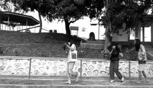 Screen Capture, aksi performatif-merekam di Taman Bidadari, Kota Solok oleh para partisipan Daur Subur.