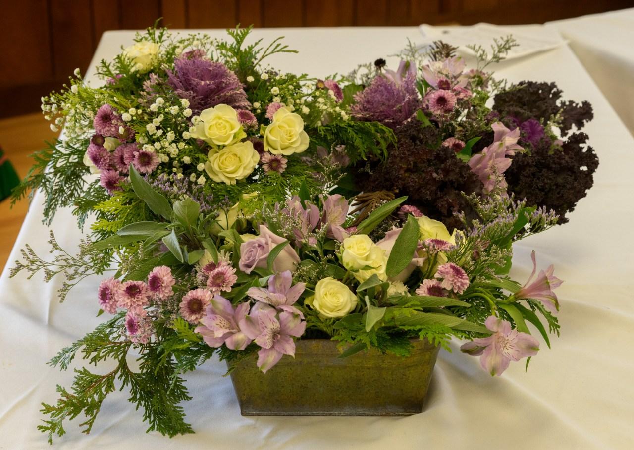 2017 – Altar Flowers – Rona Bouquet