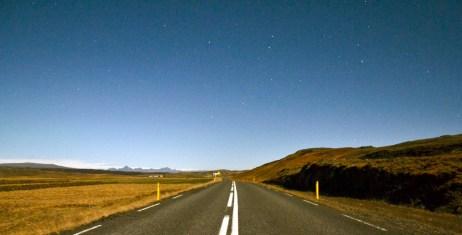 Il cielo notturno in Islanda