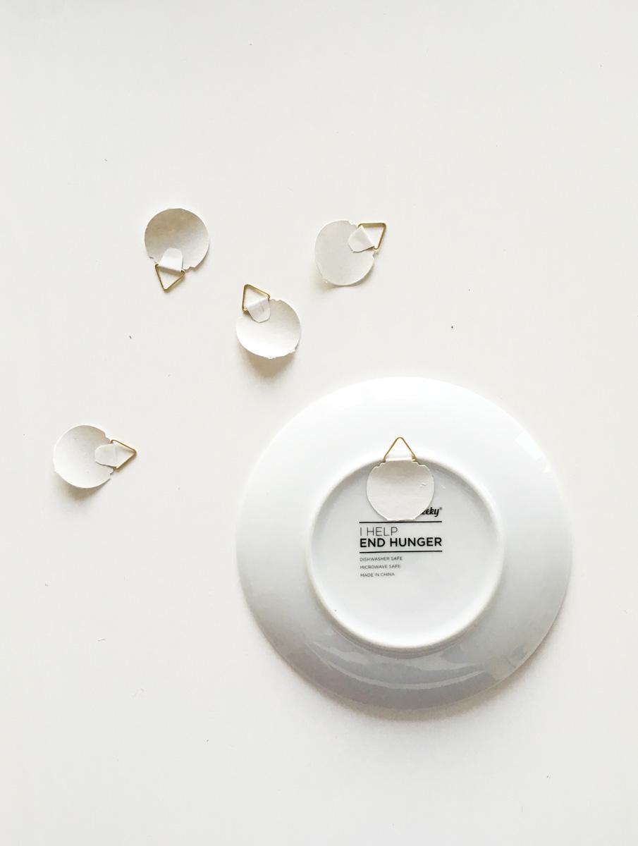 , oggetti creati al tornio, pressa , colaggio. Come Decorare Una Parete Con Piatti E Ceramiche