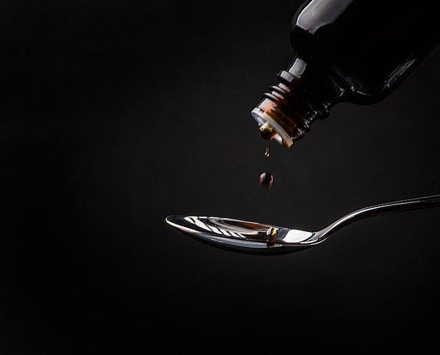 Alkohol sebagai Eksipien dalam Formulasi Sediaan Likuid
