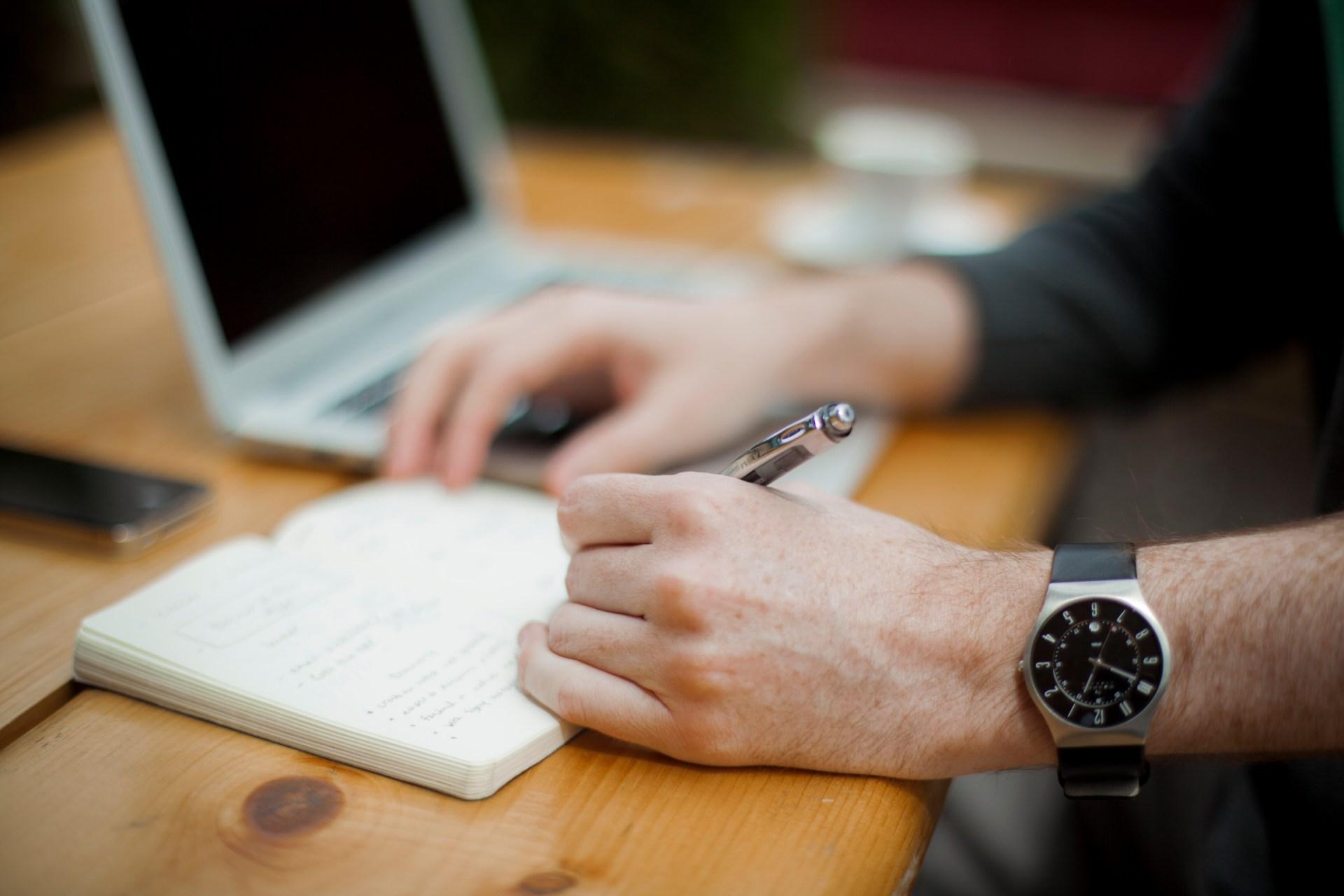 Kaip parašyti bakalauro darbą?