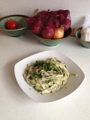 Spinatpasta med champignonsauce
