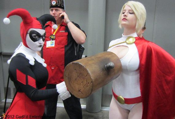 San Diego Comic Con - Harley Quinn & Powergirl - GudFit