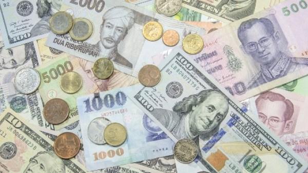 rupiah dan mata uang asing