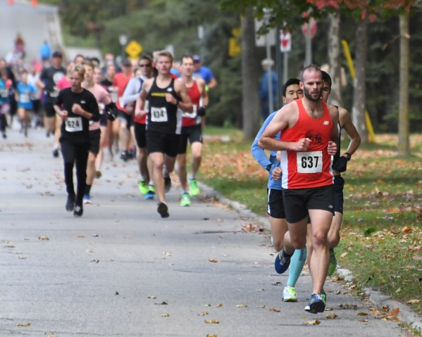 Photos: Thanksgiving Day Road Races 2019