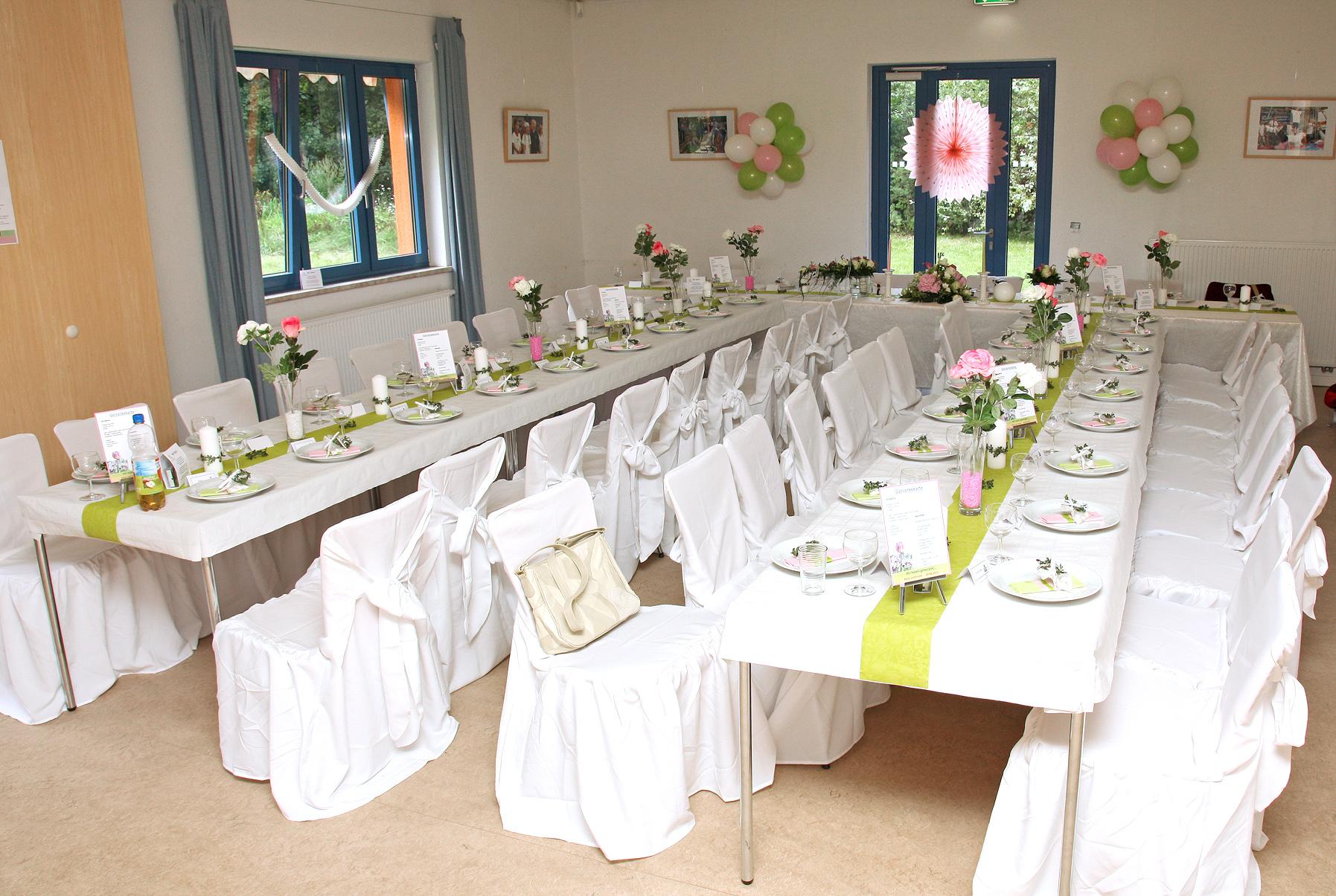 Hochzeitsdeko Verleih  guenstigestuhlhussen