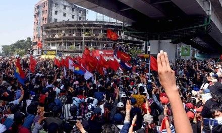 Birmanie, la «révolution du printemps»