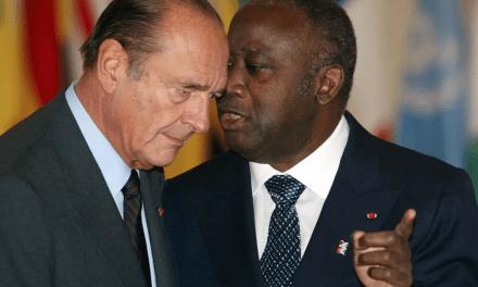 2004, Hôtel Ivoire : La victoire à mains nues