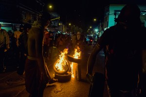 Barranquilla, mai 2021 - regroupement autour d'un feu