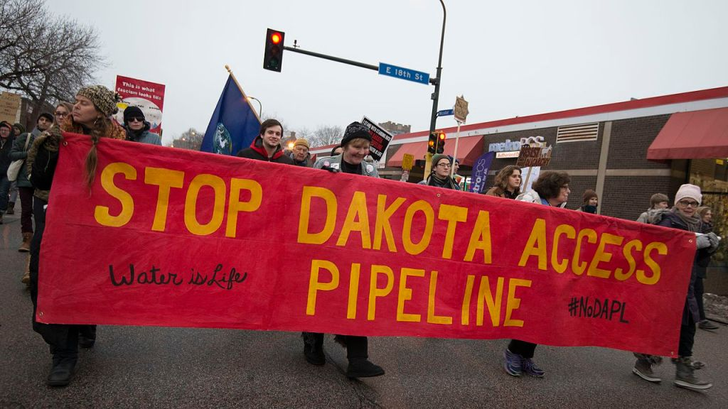 Manifestants contre Donald Trump pour le Dakota Access Pipeline