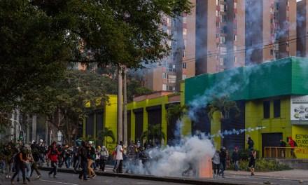 Colombie, la première ligne fait front
