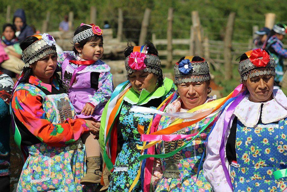 Mapuche women of Tirúa