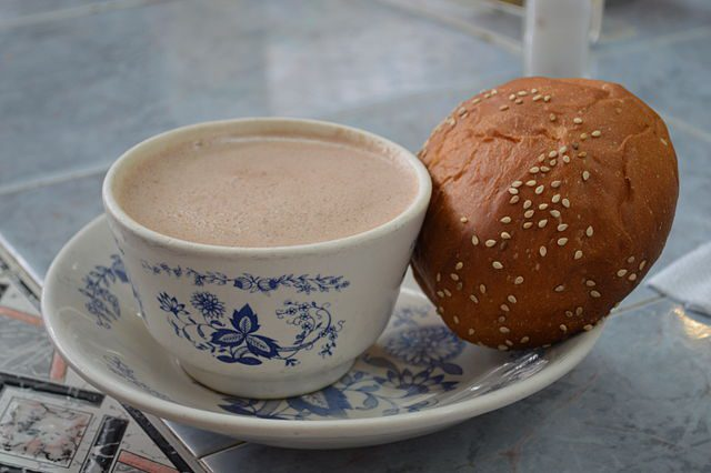 Hot chocolate and pan dulce