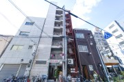 7階建て12部屋 7층 12실 共7樓層12房 7 story building with 12 rooms Bâtiment à 7 étages muni de 12 chambres. 共7樓層12房