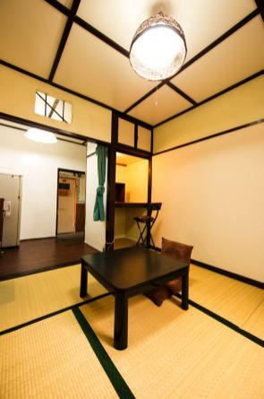 orange-room1-3