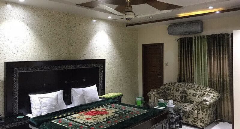 family guesthouse lahore