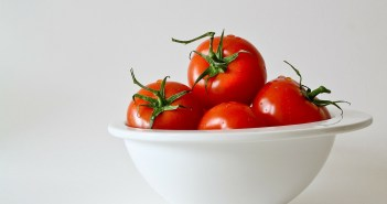 ne-drzati-paradajz-u-frizideru