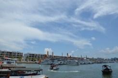 Dermaga Halong Bay