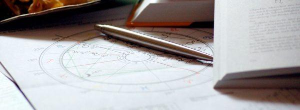 guia-da-alma-astrologia-alquimica-maira-antunes-mapa-astral-signos-capa