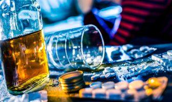 ingerir-alcool-com-medicamento-e-mais-perigoso-do-que-parece