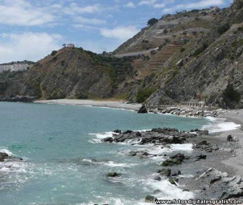 Cotobro, Acantilados y Playa Naturista El Muerto, Almuñécar