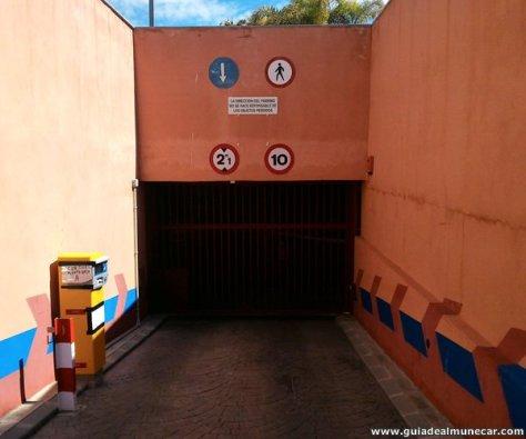 Parking subterráneo con sistema automático en Playa Velilla, Almuñécar.