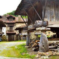 Espinaréu... es el pueblo con más hórreos de Asturias