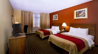 clarion-inn-and-suites-7