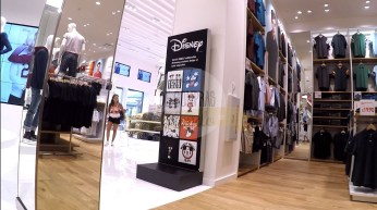 uniqlo-disney-springs-17