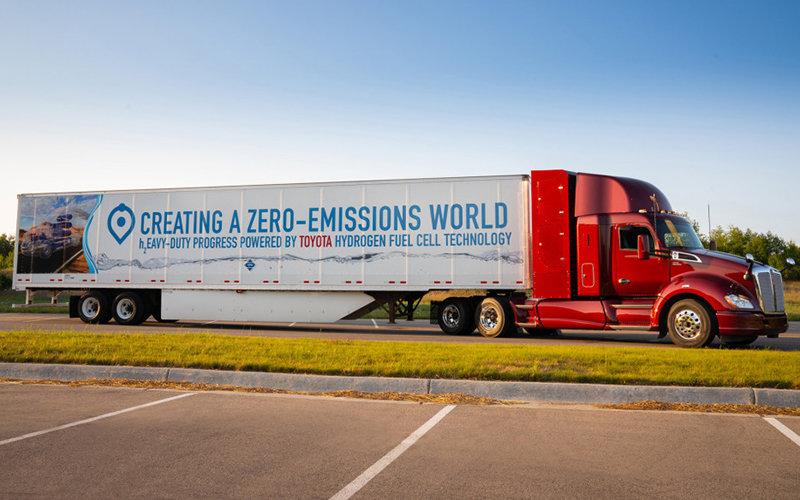 Toyota presentó segunda versión de su camión a hidrógeno